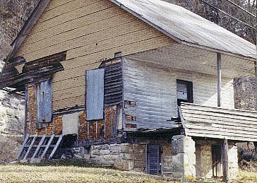 Derelict French Colonial house near Modoc, IL in the American Bottoms